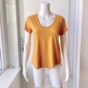 ARITZIA Wilfred Gold Tandis T-Shirt